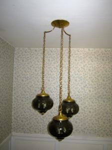 3 smoky brown, crackled glass balls