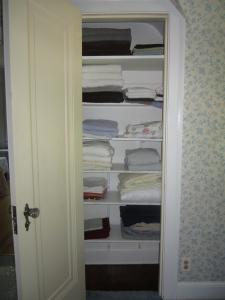 Yea, a linen closet!